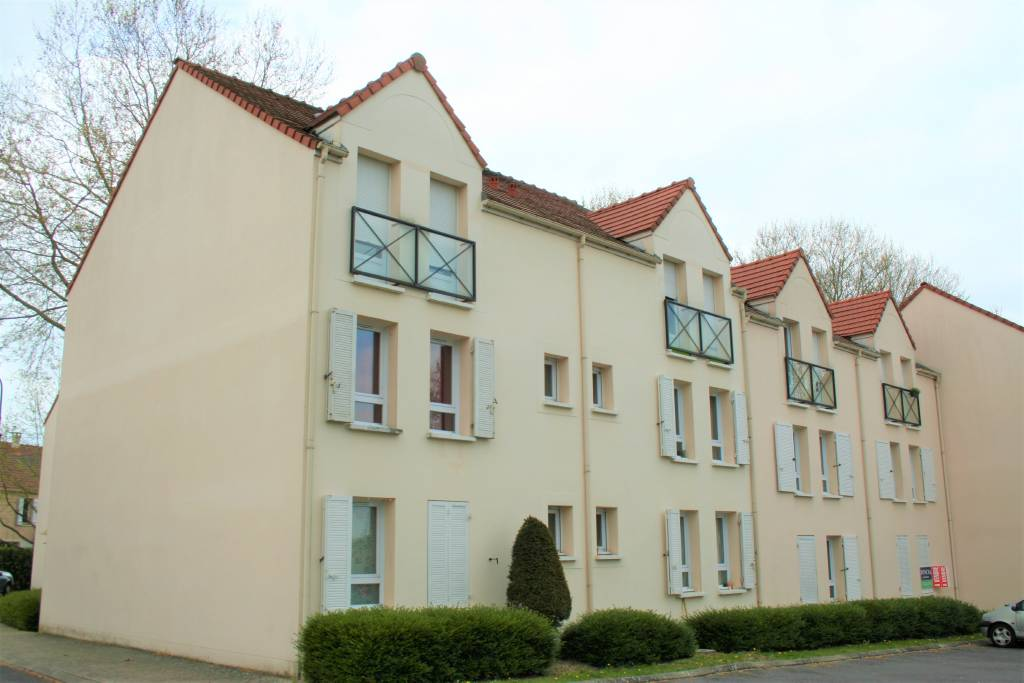 MAGNY-LE-HONGRE – Appartement