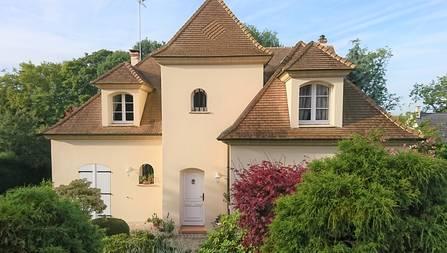 MANDRES-LES-ROSES – Maison