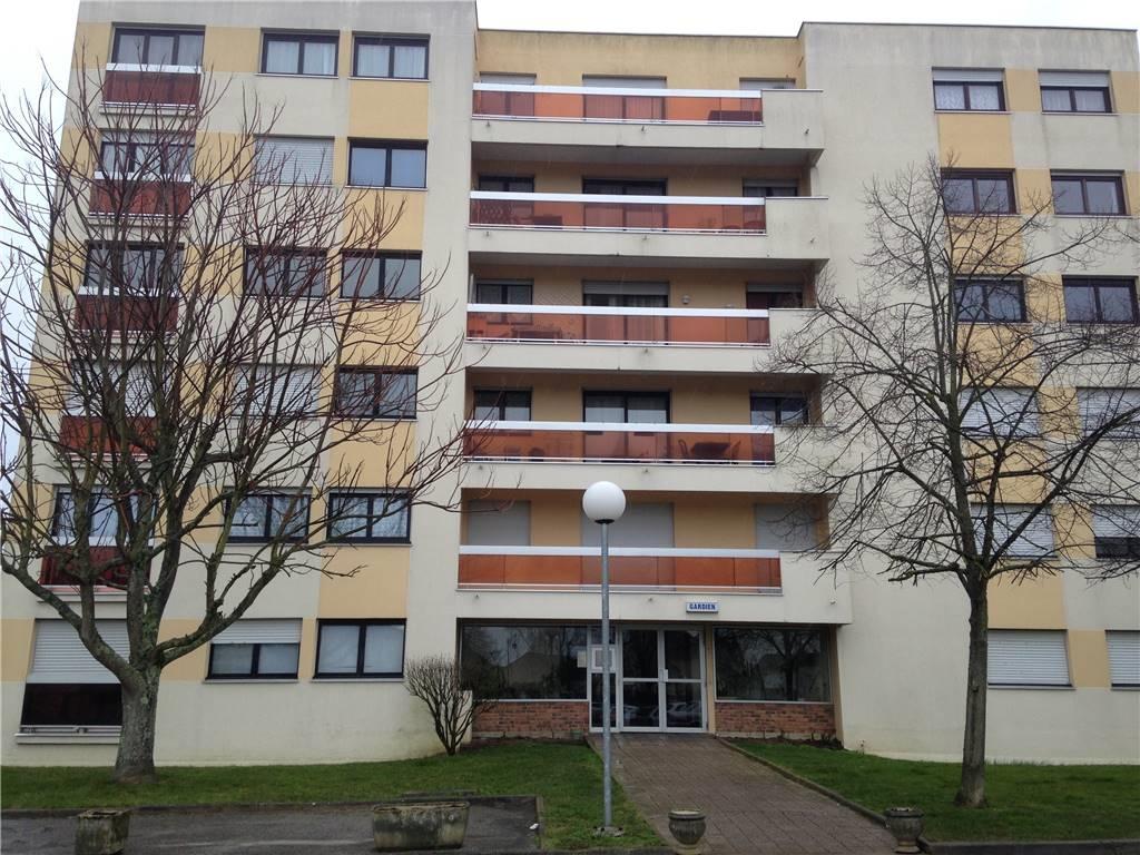 ROISSY-EN-BRIE – Appartement