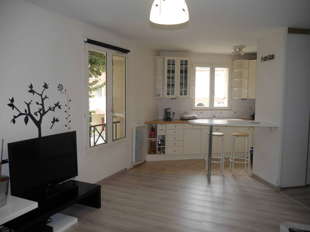 LIMEIL-BREVANNES – Appartement