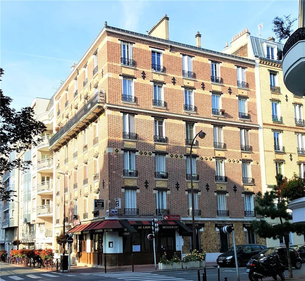 CHARENTON-LE-PONT – Appartement
