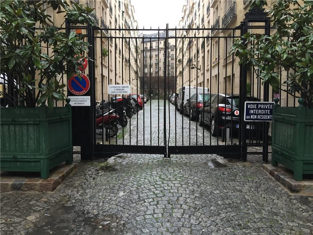 PARIS-16 – Appartement